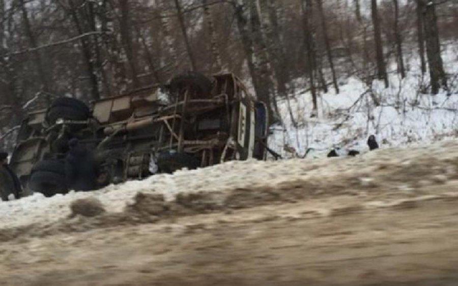 ВНовозыбкове перевернулся автобус— есть пострадавшие