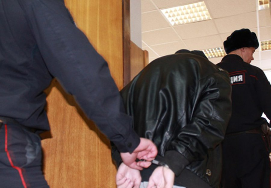 Мордобой всуде: украинцы подрались сбрянскими полицейскими