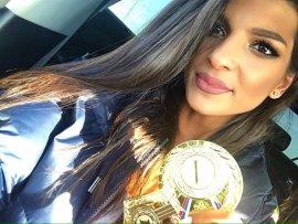 Брянская культуристка Минасян в номинации «фитнес-бикини» сразила жюри