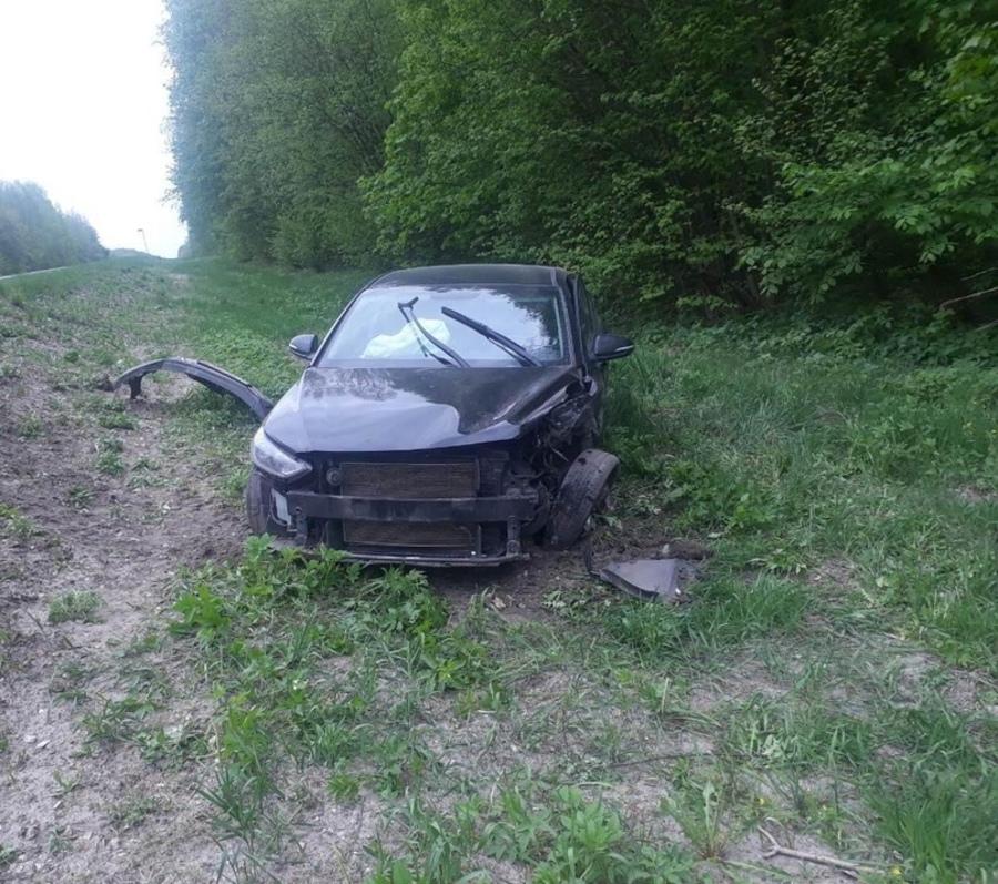 На брянской трассе насмерть разбился 35-летний водитель «ВАЗ»