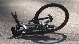 На брянской трассе женщина на внедорожнике сбила велосипедиста