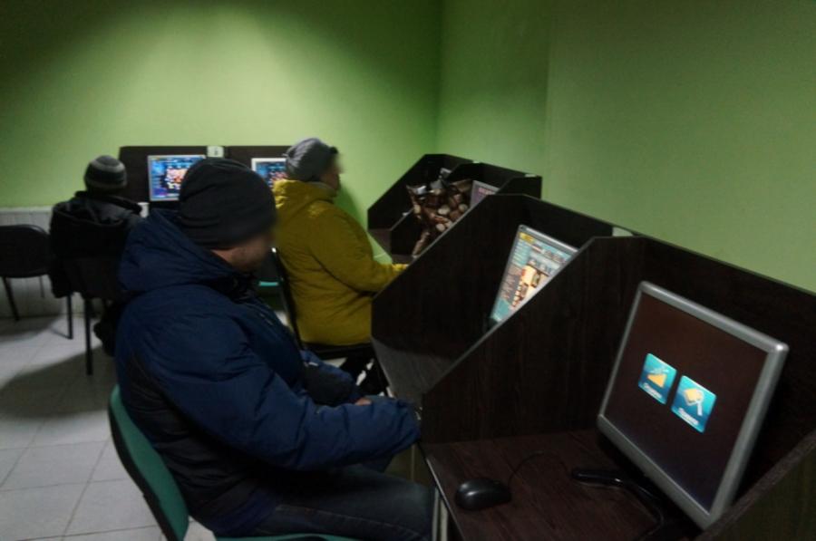 Полиция прикрыла 4 подпольных казино в Бежице