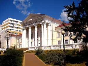 В Брянске здание ТЮЗа ожидает капитальный ремонт