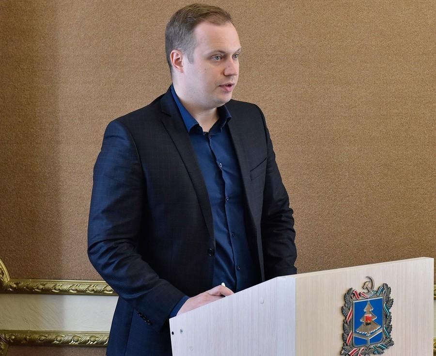 Брянский чиновник Чубчиков объяснил задержку с электронными билетами