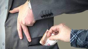 В Брянской области лучше всех в стране борются с коррупцией