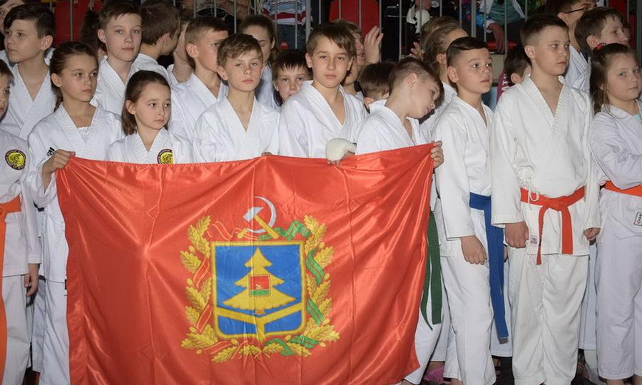 На Брянщине прошёл фестиваль единоборств на кубок Клинцовской епархии