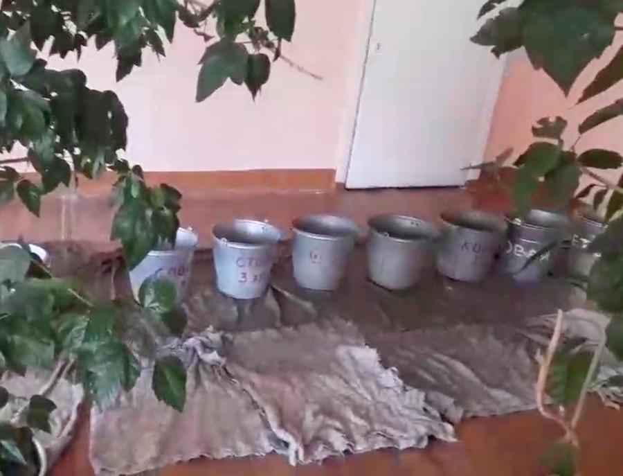 В Брянске отремонтируют протекающую крышу в школе №19
