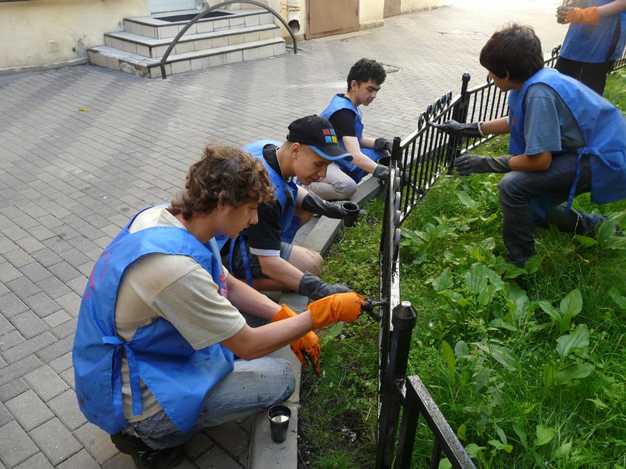 Брянским школьникам не заплатили за летний труд