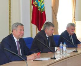 В брянском правительстве обсудили выполнение указов Путина