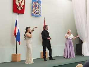 Новогодний концерт прошел в брянском правительстве