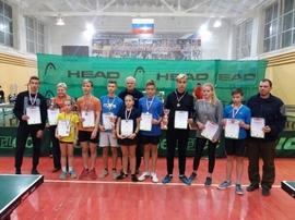 В Брянске прошёл турнир по настольному теннису среди школьников