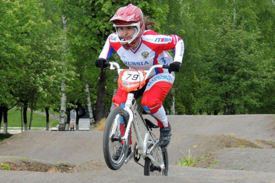 Брянская велогонщица Татьяна Капитанова стала третьей в Саранске