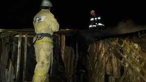 В Рогнедино ночью тушили сильный пожар