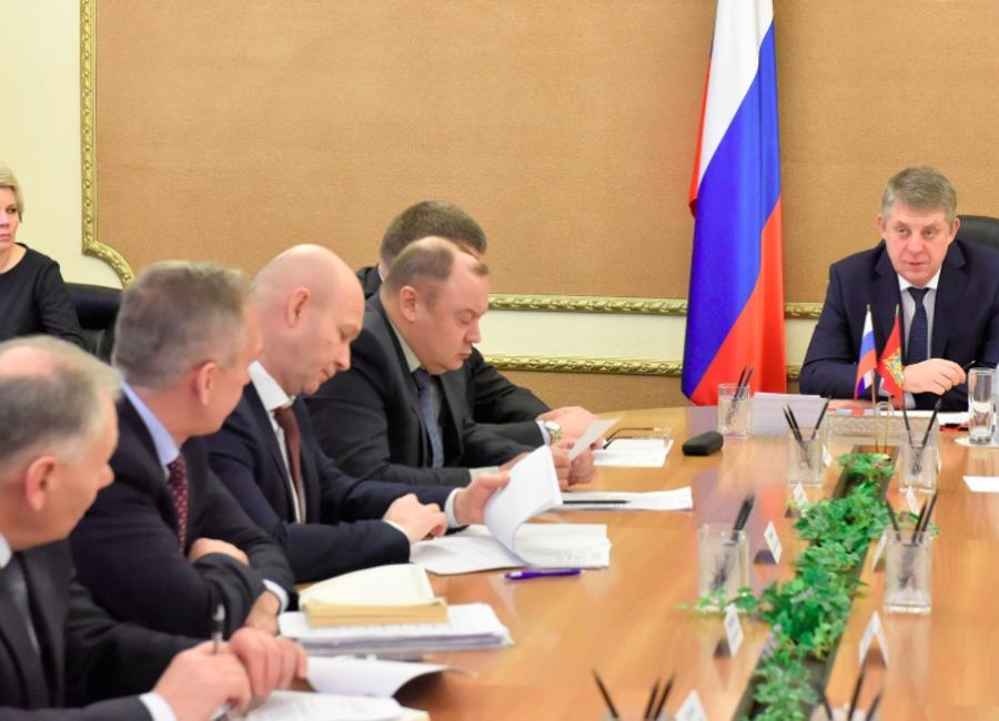 Брянские власти обсудили выполнение «майских» указов Президента