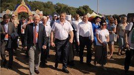 Брянский губернатор открыл Свенскую ярмарку посещением площадки добровольцев
