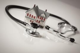 Брянский губернатор предложил покупать врачам трёхкомнатные квартиры