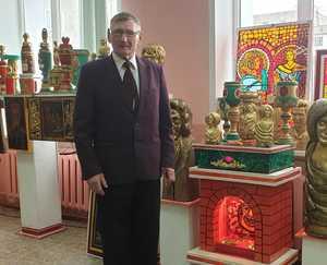 В Брянске открылась уникальная выставка мастера Виктора Кокадеева