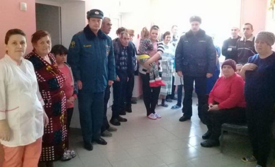Из Злынковской больницы эвакуировали врачей и пациентов
