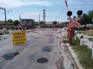 В Брянске частично закроют два железнодорожных переезда
