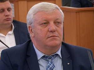 Брянский депутат Дмитрук подарил сельской школе компьютеры