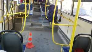 В брянском автобусе пенсионерка ушибла грудь