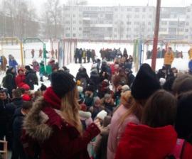 В Брянске массово эвакуируют школы