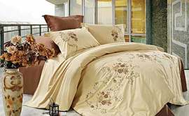 Поплиновое постельное белье: особенности, уход, рекомендации по выбору