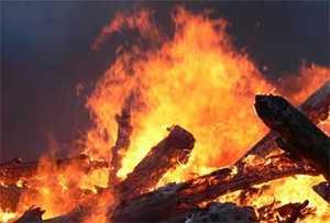 В Суражском районе ночью произошёл крупный пожар