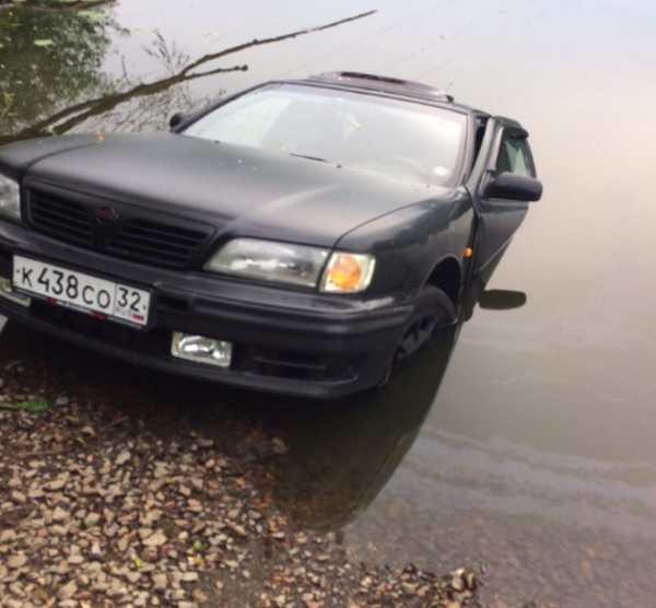 В Брянске в Десне утонул легковой автомобиль «Nissan»