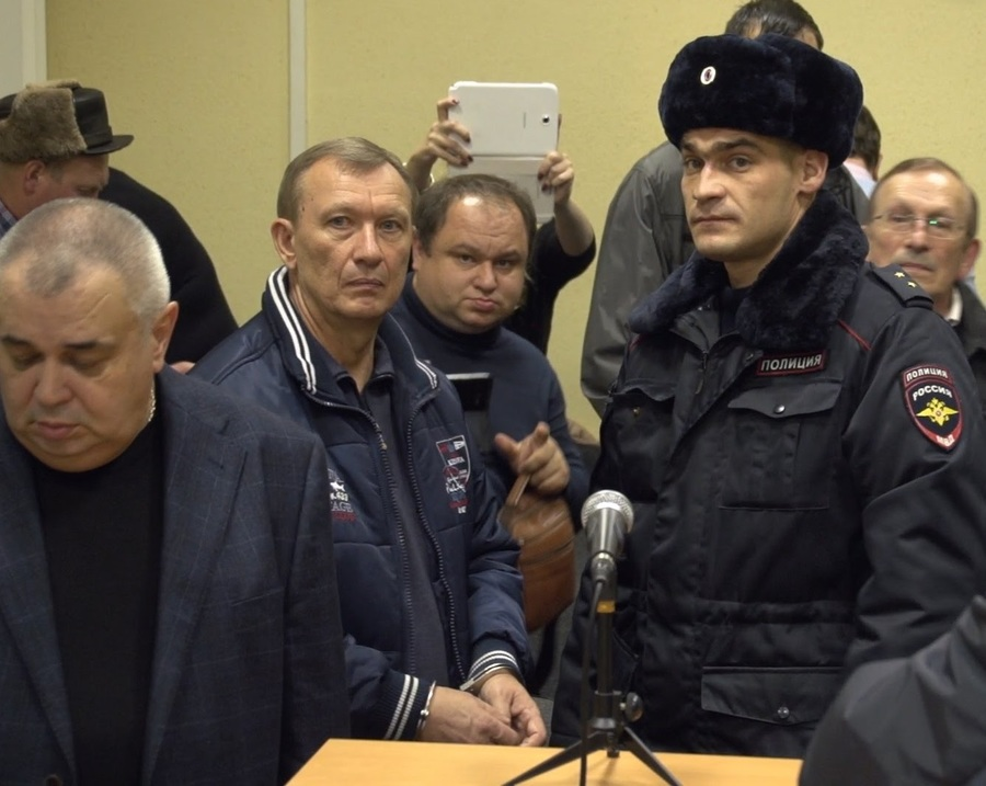 «Вот Денин, бандюган»: брянский экс-губернатор дал откровенное интервью СМИ