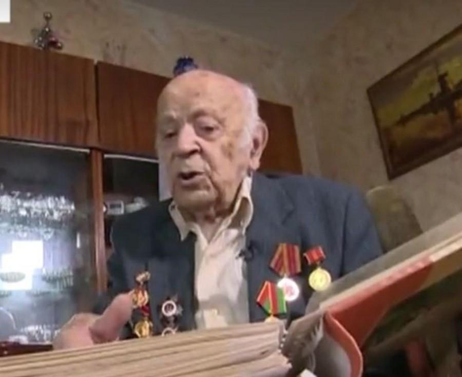 Брянский 101-летний ветеран Хенкин стал героем сюжета «Пятого канала»