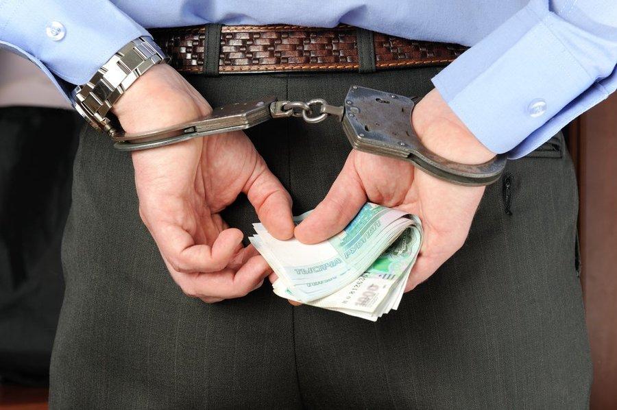 В Брянске осудят адвоката, задержанного ФСБ за взятку