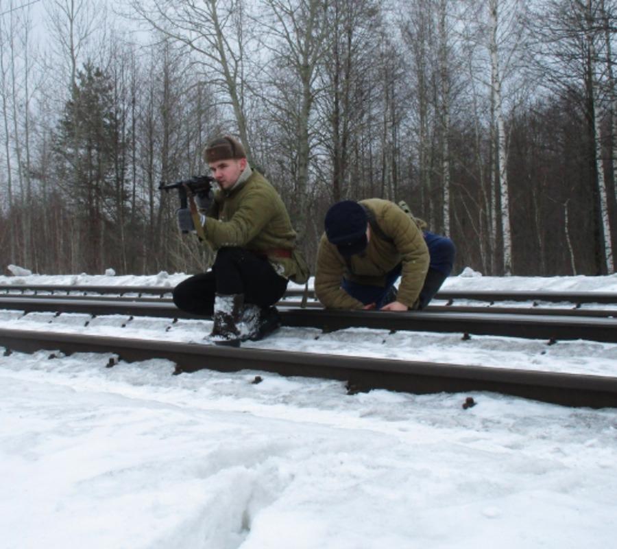 Брянцы реконструировали легендарный бой у станции Палужье