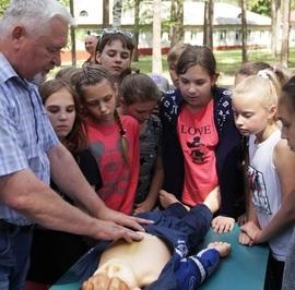 Брянские энергетики приняли участие в «Дне безопасности» в лагере «Деснянка»