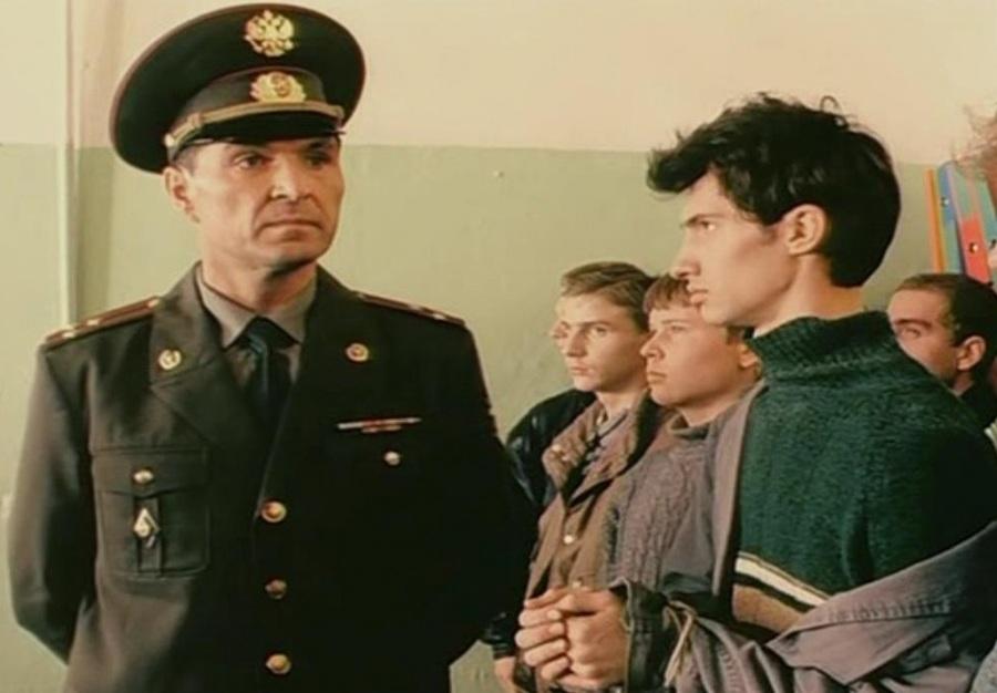 Брянские следователи за взятки задержали орловского военкома