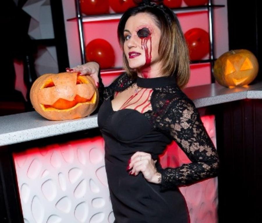 Брянский ночной клуб ярко отметил Хэллоуин