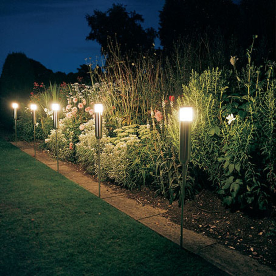 светильники для огорода фото также