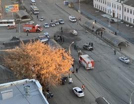Брянское МЧС сообщило о погибших и раненых в страшной аварии у автовокзала