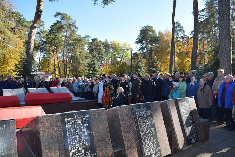 В Гомельской области перезахоронили 16 брянских красноармейцев