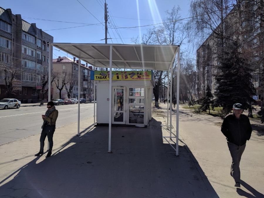 В Брянске вернули крытую остановку на «Берёзке»