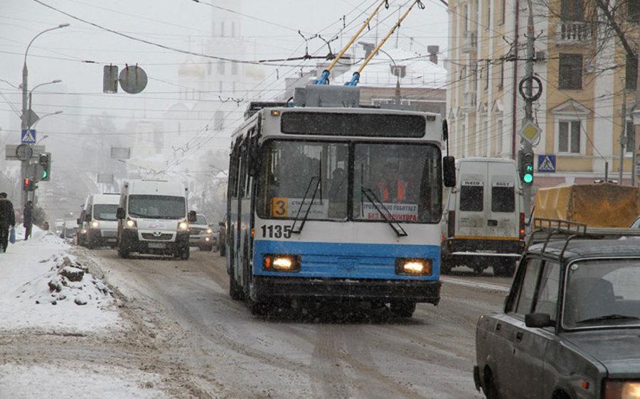 В Брянске по льготной цене купят пять троллейбусов