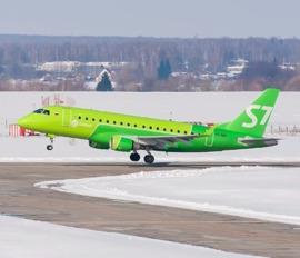 Летевший из Питера в Брянск самолет сделал внеплановую посадку